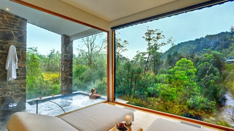 10 extraordinary places to stay